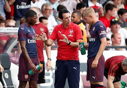 HLV Unai Emery da co man khoi dau tung bung o Arsenal