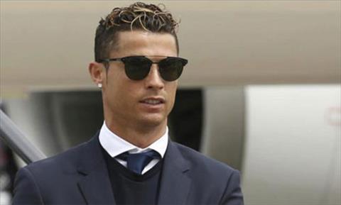 Cristiano Ronaldo nộp tiền trốn thuế, nhận án tù 2 năm hình ảnh
