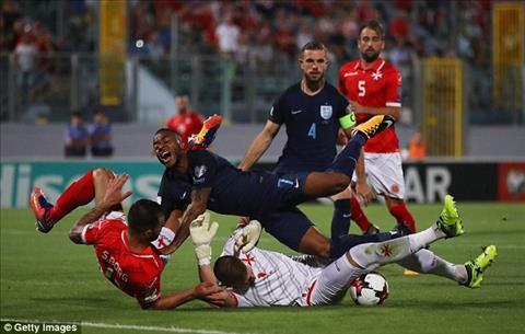 Gareth Southgate va DT Anh tung bi chi trich rat nhieu sau tran thang Malta.