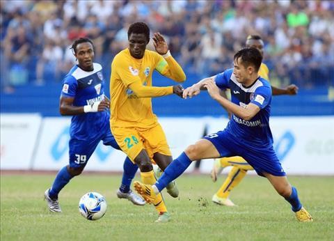 Video tong hop: Thanh Hoa 1-1 Quang Ninh (Vong 19 V-League 2018)