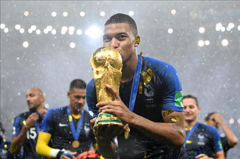 Mbappe vo dich World Cup 2018