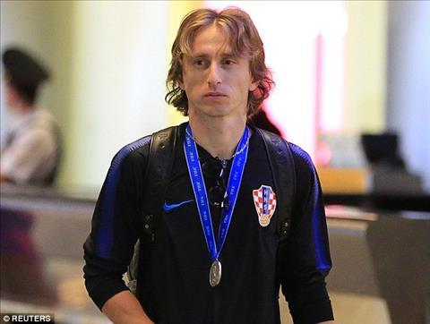Tiền vệ Luka Modric tỏ ra mệt mỏi sau lịch thi đấu kinh hoàng