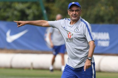 Chủ tịch Napoli chỉ trích HLV Sarri phụ bạc với đội bóng cũ hình ảnh