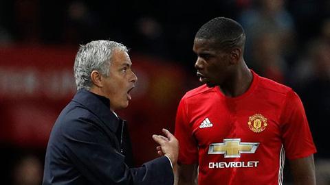 HLV Mourinho phát biểu về Pogba với khả năng xếp đá trung vệ ở MU hình ảnh