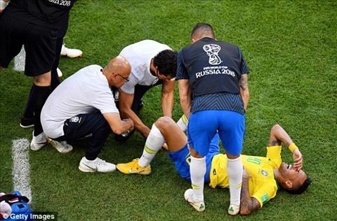 Neymar bi pham loi rat nhieu