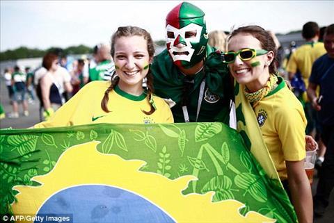 CDV Brazil den san co vu cho Selecao