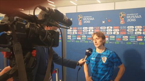 Luka Modric noi ve tran Dan Mach vs Croatia