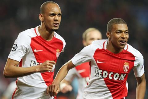 Fabinho thuyết phục Mbappe tới Liverpool hình ảnh