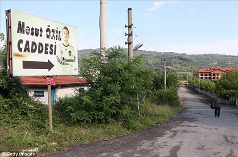 Mesut Ozil được đặt tên phố ở quê gốc Thổ Nhĩ Kỳ hình ảnh 3