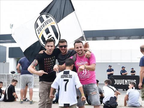 Juventus thu loi tu Cristiano Ronaldo khong nhieu nhu nguoi ta van nghi.