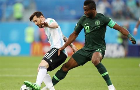 Bố tiền vệ Mikel bị bắt cóc trước trận gặp Argentina hình ảnh