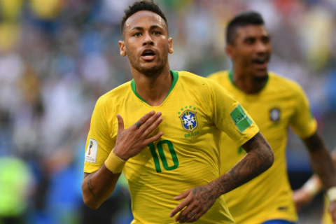De vuon toi dinh cao, Neymar can thay doi thai do