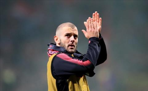 Jack Wilshere den West Ham sau khi het han hop dong voi Arsenal.