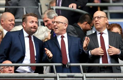 Hành xử lỗ mãng, Mourinho bị lãnh đạo MU ra án phạt hình ảnh 2