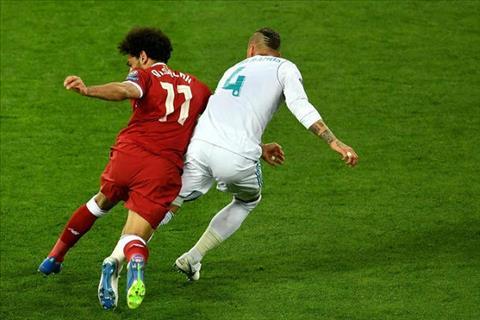 HLV Klopp chỉ trích Ramos vì hành vi xấu chơi trong trận chung kết C1