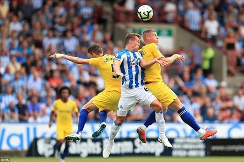 Dù có 3 điểm, nhưng Chelsea bộc lộ yếu điểm trước Huddersfield hình ảnh