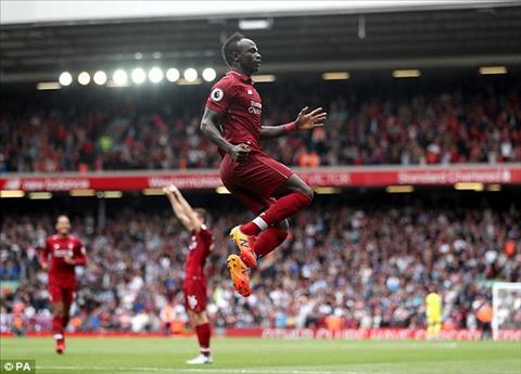 Sadio Mane nhan doi cach biet cho Liverpool.