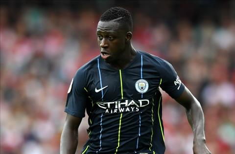 Mendy cua Man City