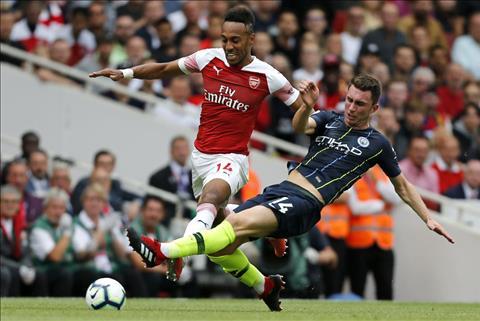 Laporte choi cuc tot truoc Arsenal