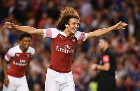 Tiền vệ Guendouzi của Arsenal tiết lộ bí quyết tỏa sáng hình ảnh