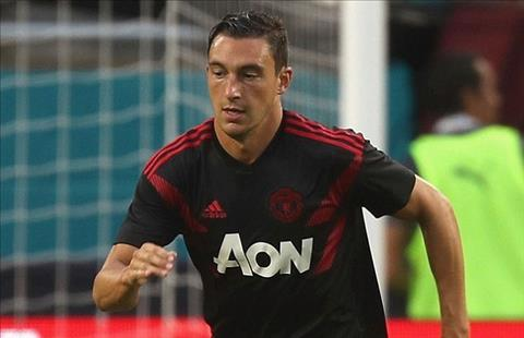 HLV Jose Mourinho không để Matteo Darmian rời MU hình ảnh