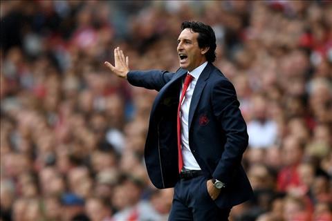 Alex Iwobi bảo vệ HLV Emery của Arsenal và chê bai Wenger hình ảnh