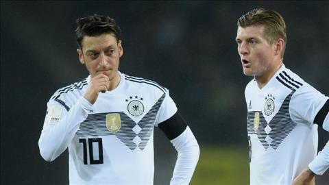 Kroos chỉ trích Ozil vụ chia tay đội tuyển Đức vì bị PBCT hình ảnh