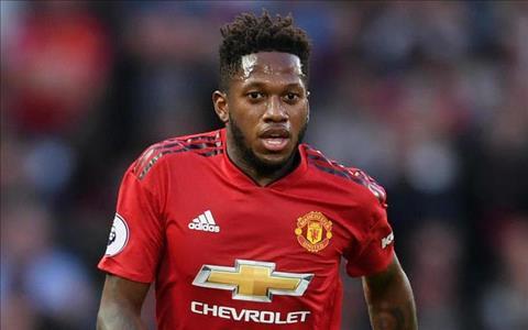 Huyền thoại Arsenal đưa ra lời khuyên cho tiền vệ Fred của MU hình ảnh
