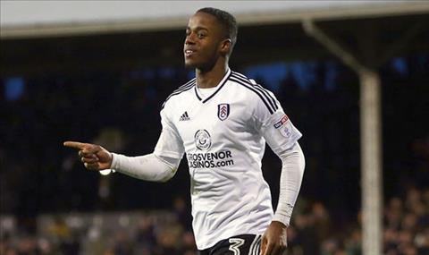 Fulham gia hạn hợp đồng với Ryan Sessegnon hình ảnh