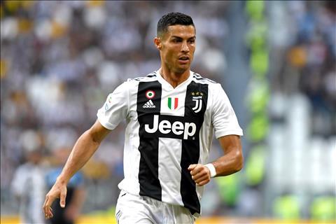 Thương vụ Juventus mua Ronaldo bị nghi ngờ hình ảnh