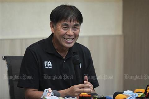 Sếp lớn FAT muốn bóng đá Thái Lan ngừng ảo tưởng sức mạnh hình ảnh