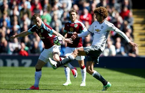 Burnley vs M.U Fellaini