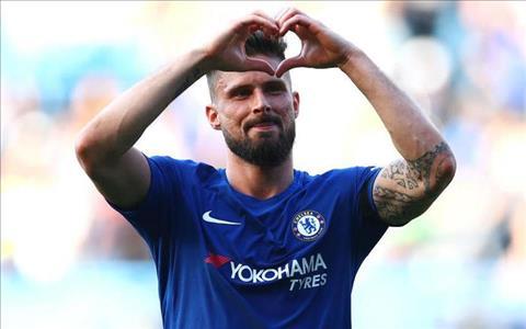 Giroud cua Chelsea