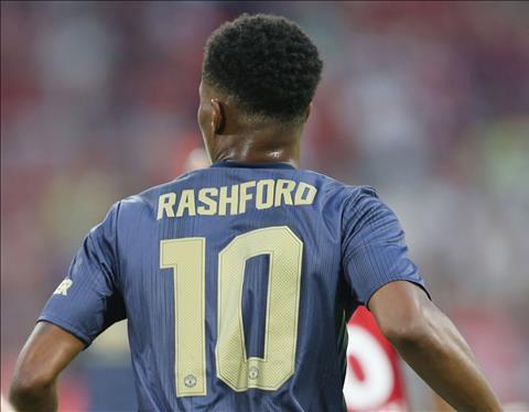 Marcus Rashford se la tan so 10 cua san Old Trafford