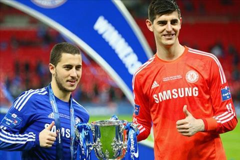 Giroud ngăn Hazard rời Chelsea gia nhập Real Madrid theo Courtois hình ảnh