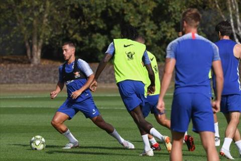 Thibaut Courtois muốn rời Chelsea tới Real Madrid hình ảnh