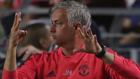 Paul Scholes cung cho rang Jose Mourinho co nguy co bi sa thai trong mua nay.