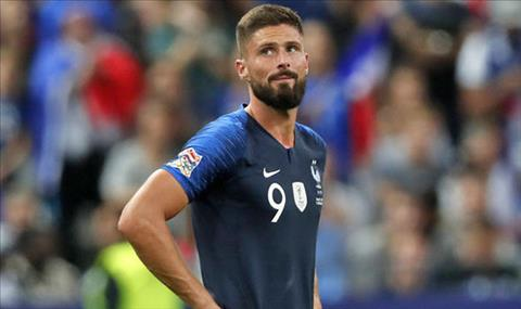Giroud tiet lo rang anh co the bi thay the neu tiep tuc tit ngoi