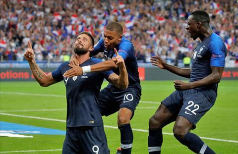 Olivier Giroud phát biểu sau bàn thắng vào lưới Hà Lan hình ảnh