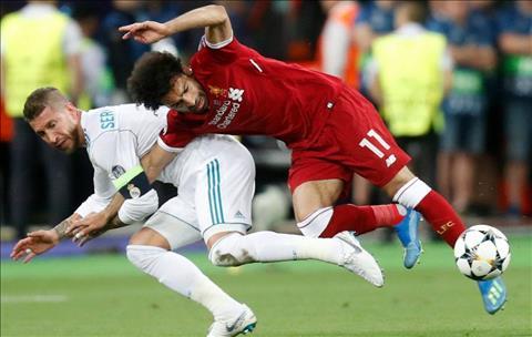 Trung vệ Ramos bị dọa giết sau vụ triệt hạ Salah hình ảnh