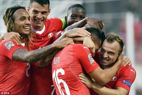 Thuy Sy vua danh bai Iceland 6-0