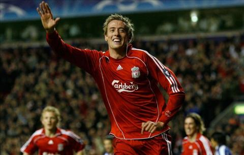 Peter Crouch tin Liverpool se vo dich Ngoai hang Anh mua nay
