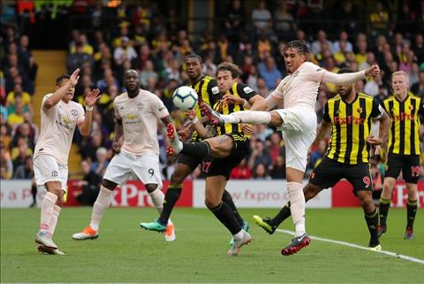 Smalling an dinh ty so M.U 2-1 Watford