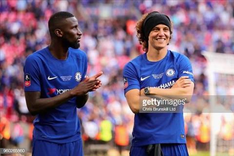 Rudiger va Luiz la cap trung ve chac chan cua The Blues