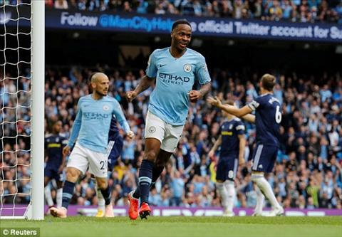 Sterling ghi ban an dinh chien thang 3-0 cho Man City.