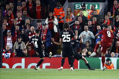 Firmino va cu da giup Liverpool thang PSG