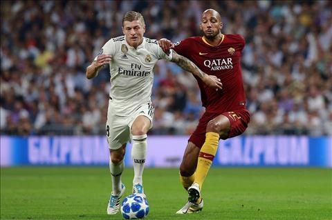 Real vs Roma Kroos cam bong