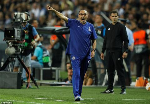 Chelsea danh bai PAOK nhung HLV Sarri van rat lo lang.