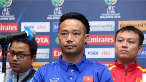 HLV Vu Hong Viet e ngai U16 Indonesia sau tran thua U16 An Do.