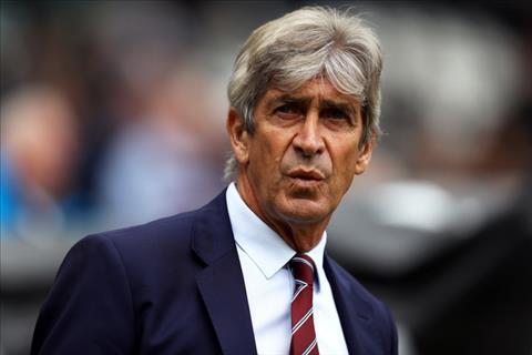 HLV Pellegrini noi ve tran West Ham vs Chelsea